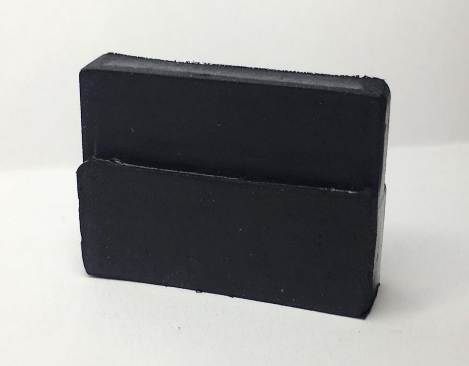LENGUETAS L 25 (3), Componentes de Hule, Plastic Fastener